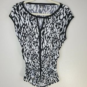 Vince Camuto blouse. S9